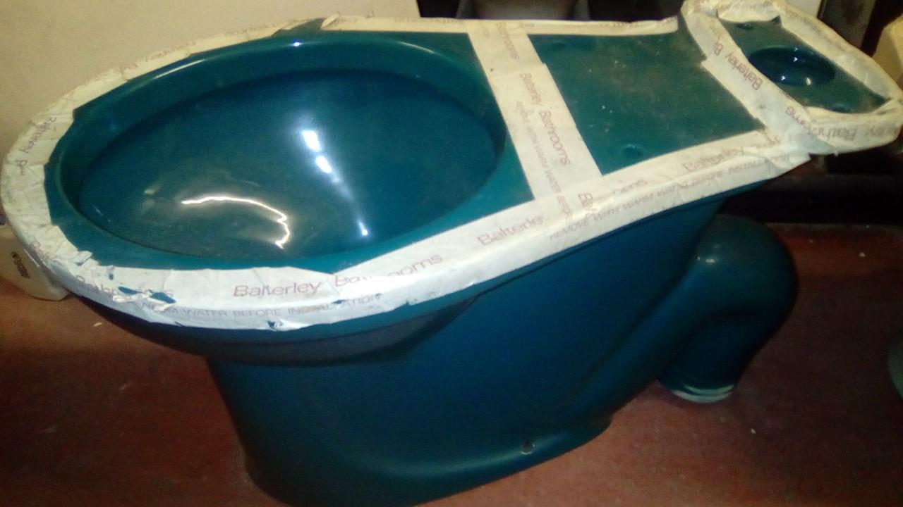 Retro Bathrooms Colours Parts Products Baths Toilets Basins